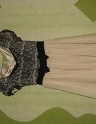 Koronkowa sukienka pudrowa koronka