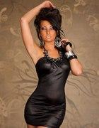 Sexi sukienka mini z naszyjnikiem...