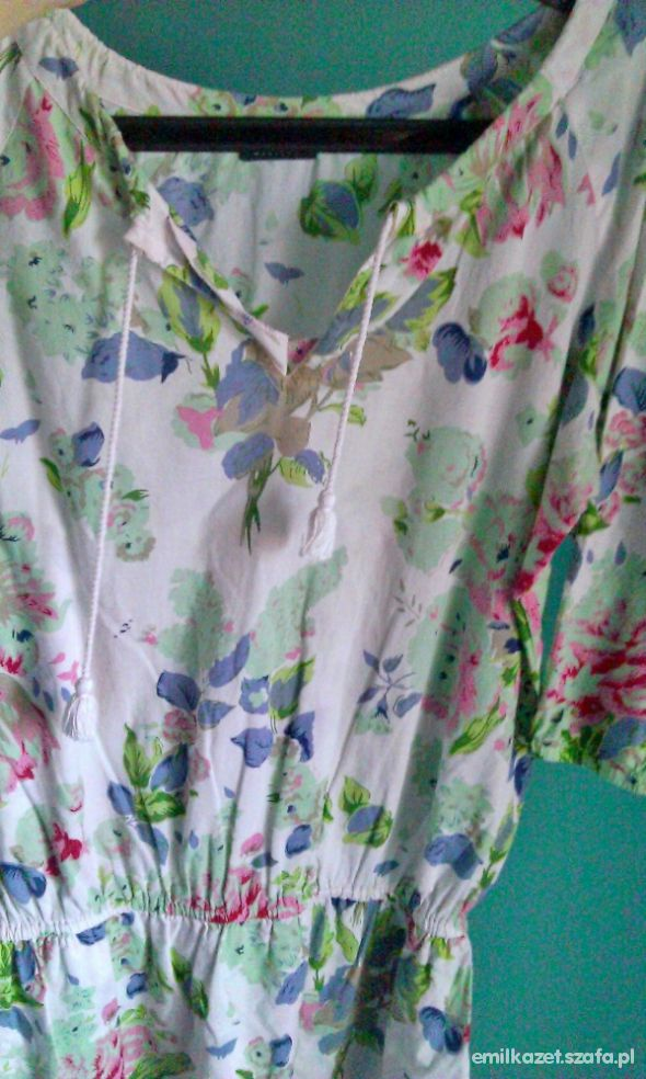 Kwiecista koszula Mohito