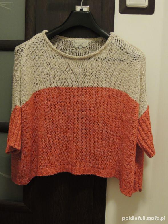 szeroki sweterek...