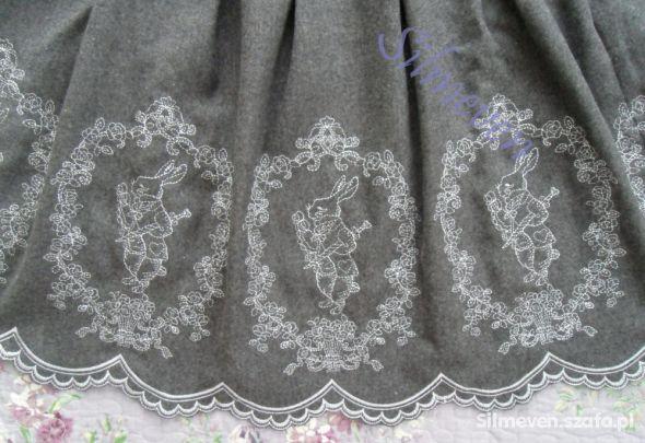 Odzież wierzchnia Alice in Wonderland White Rabbit Embroidery Coat