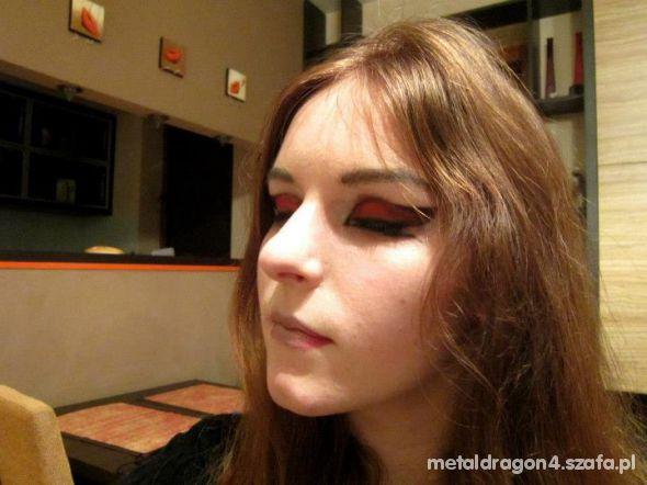 Make up FM cyber