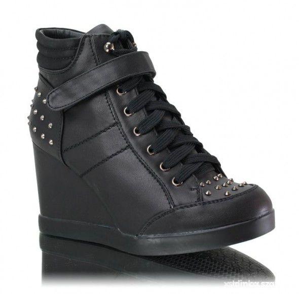 Sneakers czarne ćwieki
