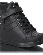 Sneakers czarne ćwieki...