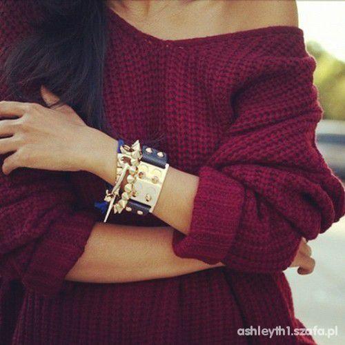 piękny sweter bordo