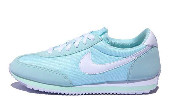 Miętowe Nike Oceania