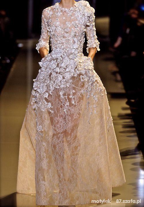 Suknie i sukienki 25
