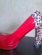 Czerwone lakierowane buty obcas słupek panterkowy...