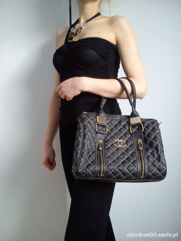 ac80e907955f6 Coco Chanel replika pikowany kuferek czarny w Torebki na co dzień ...