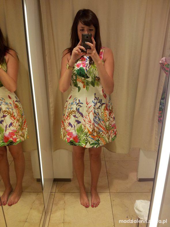 sukienka zara kwiatkowa