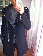 Wełniany czarny płaszcz skórzane wstawki ZARA inne...