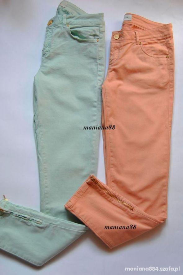 Pastelowe Pudrowe Rurki Spodnie RESERVED Złoty Zip