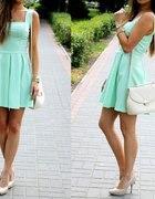 Super sukienka miętowa mint rozkloszowana blog