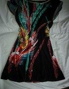 Sukienka w pióra