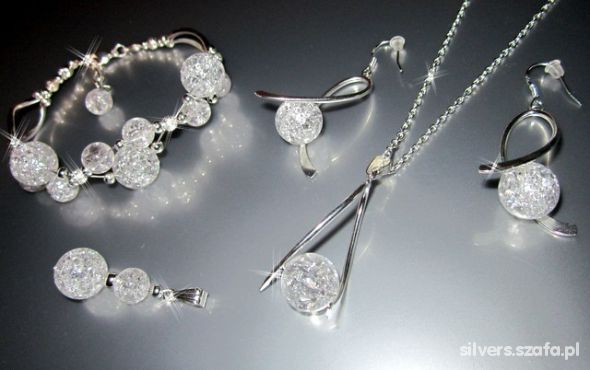 CUDNY zestaw LODOWY piękny KOMPLET biżuterii