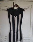 sukienka z siatką na plecach
