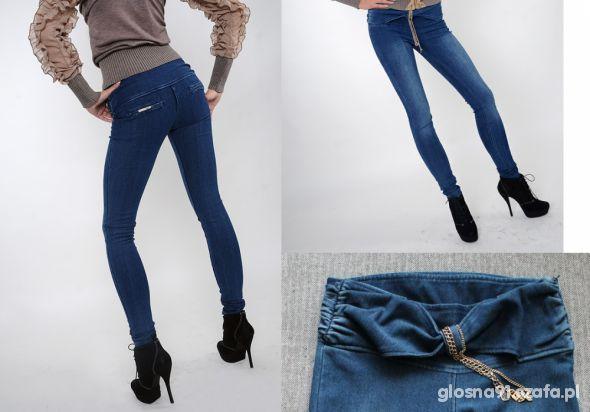 CLUB DONNA spodnie jeansy zawieszka łańcuszki 36