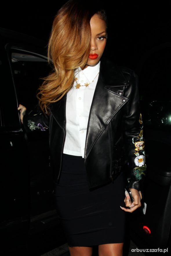 Eleganckie śliczna Rihanna