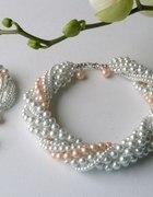 elegancko komplet z białych pereł i łosoś