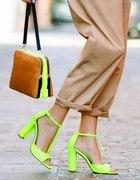 neon i beż