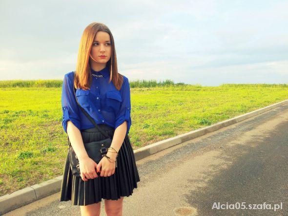 Mój styl Leather skirt blue shirt