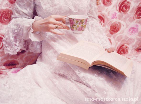 Romantyczne popołudniowa herbata