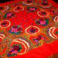 czerwona chusta folk ludowe kwiaty
