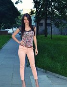 flower top and peach pants