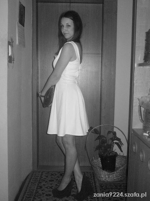 Eleganckie Biała sukienka mosquito