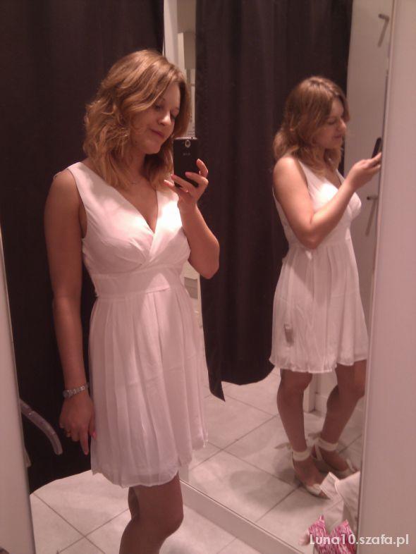 Romantyczne Biała sukienka Orsay