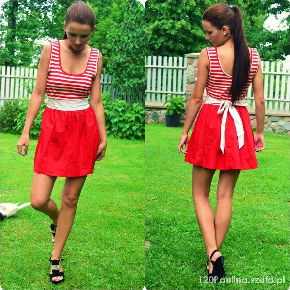 Romantyczne czerwona sukienka