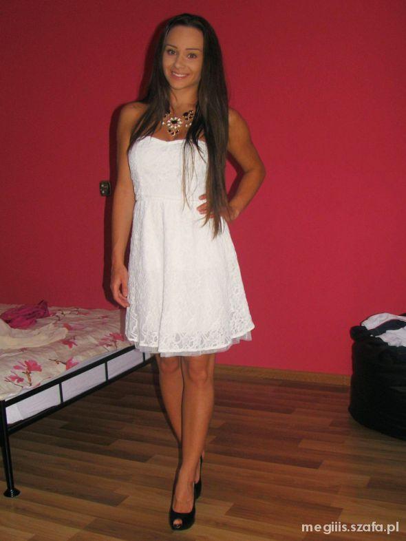 Romantyczne KORONKOWA biała sukienka