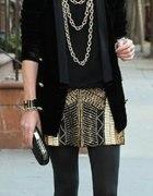 złoty łańcuch czarny szyk