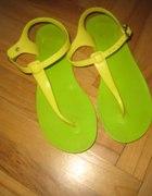 buty sandały gumowe zielono żółte