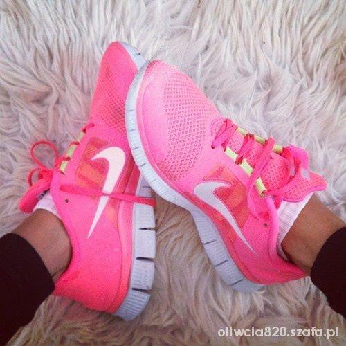 online retailer ad0eb 8497a Obuwie Różowe buty nike do biegania