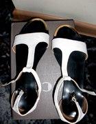 Białe sandały NOWE