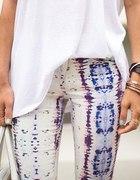 białe rurki we wzory printy