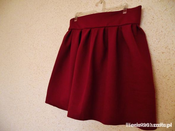Rozkloszowana burgundowa spódnica z kokardką XS S