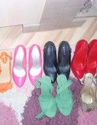 Mała kolekcja bucików w rozmiarze 39 piękne