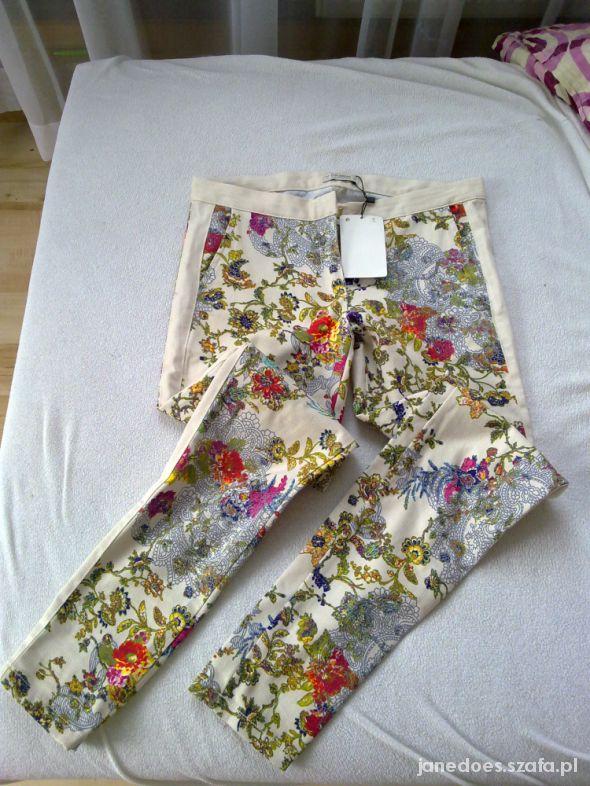 rurki floral Pull&bear...