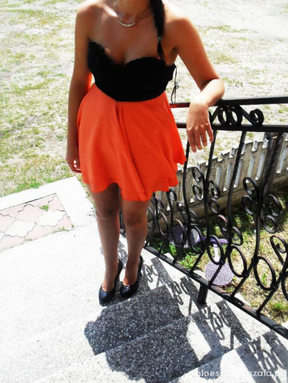 Eleganckie sukienka gorsetowa