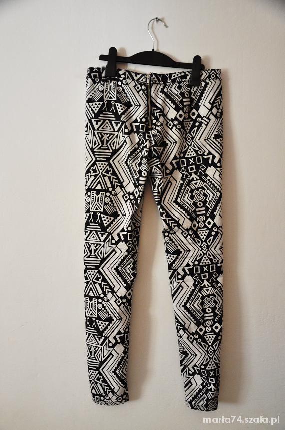 Piękne wzorzyste spodnie H&M