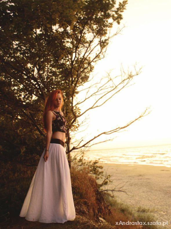 Romantyczne Kobieca kreacja na plażę
