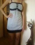 śliczna sukienka S jak nowa