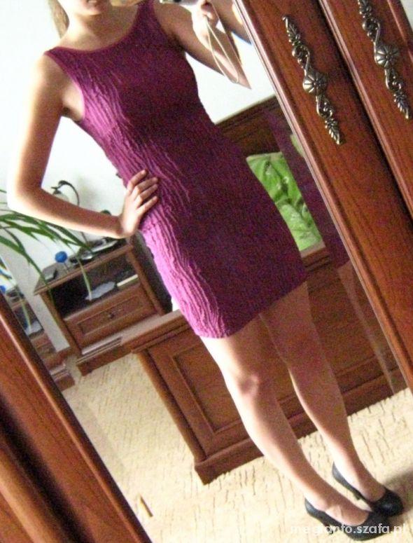 Eleganckie Fiołkowa sukienka