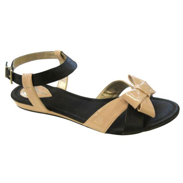 Sandałki czarne z kokardką nude firmy BATA...