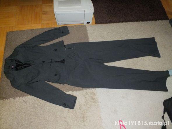 Komplety Komplet spodnie z żakietem