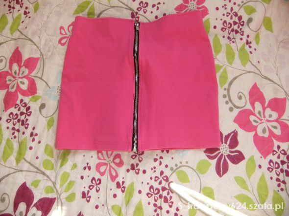 Spódnice różowa spódnica ze srebrnym zamkiem