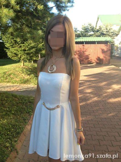 Na specjalne okazje moja stylizacja weselna rozkloszowana sukienka