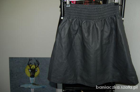 Spódnice skórzana rozkloszowana H&M 34 36 XS S spódnica
